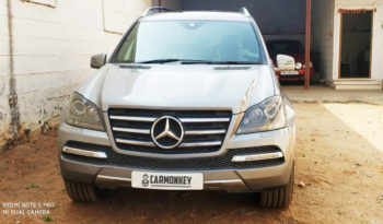 BENZ GL350 front view